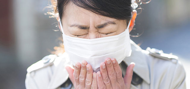 新聞配達の花粉症対策